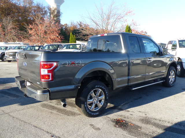 2018 F-150 Super Cab 4x4, Pickup #188047 - photo 2