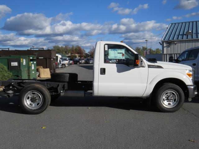2016 F-350 Regular Cab Cab Chassis #Z168515 - photo 5