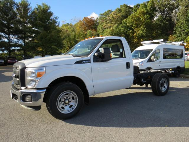 2016 F-350 Regular Cab Cab Chassis #Z168515 - photo 1