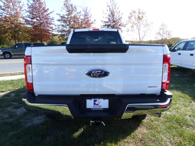2017 F-250 Regular Cab 4x4, Pickup #Z178026 - photo 6