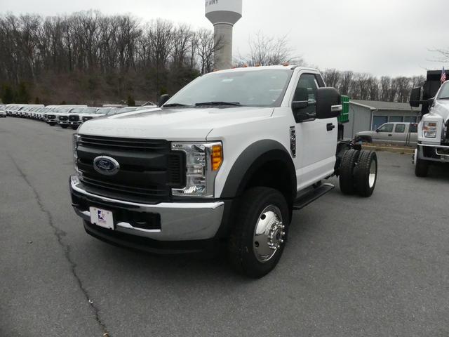 2017 F-450 Regular Cab DRW 4x4,  Cab Chassis #Z178401 - photo 1