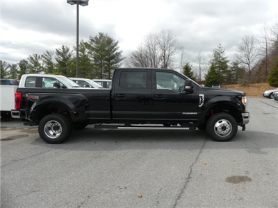 2017 F-350 Crew Cab DRW 4x4,  Pickup #Z178470 - photo 3