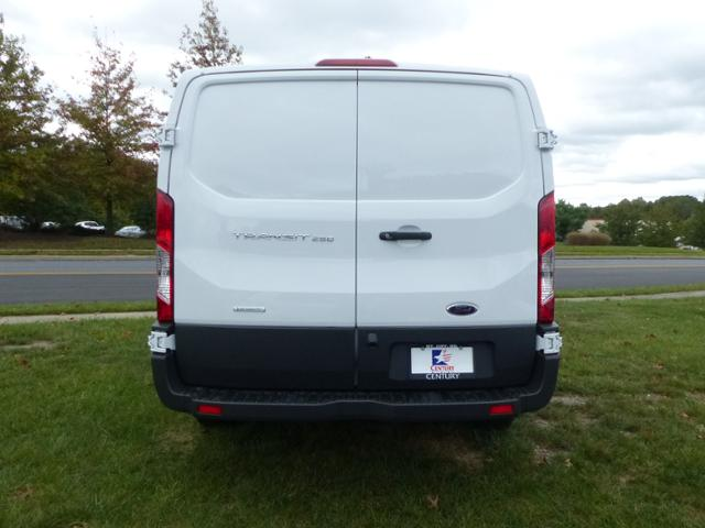 2018 Transit 250 Low Roof Cargo Van #Z187001 - photo 6