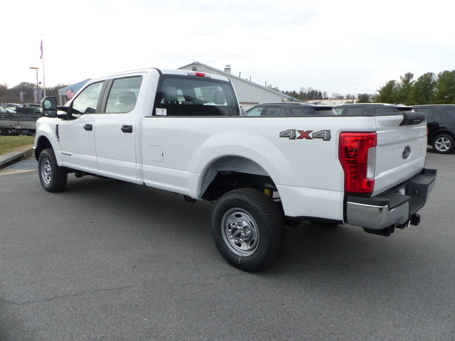 2018 F-350 Crew Cab 4x4, Pickup #Z188092 - photo 2