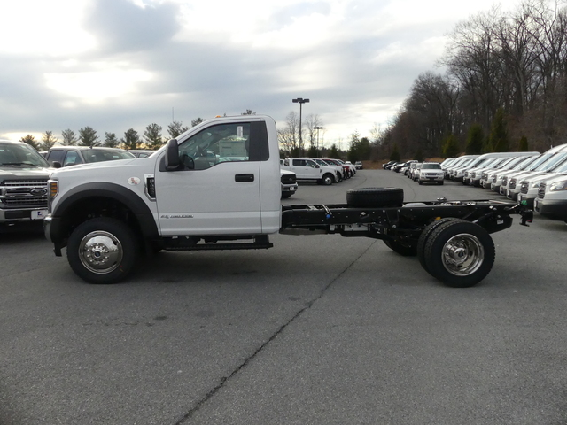 2018 F-450 Regular Cab DRW 4x4, Cab Chassis #Z188170 - photo 6