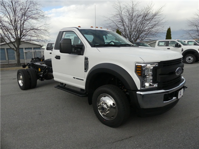 2018 F-450 Regular Cab DRW 4x4, Cab Chassis #Z188170 - photo 3