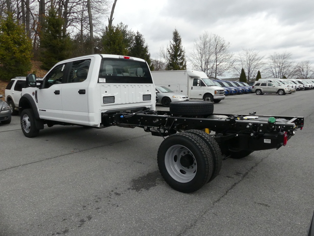 2018 F-450 Crew Cab DRW, Cab Chassis #Z188177 - photo 5