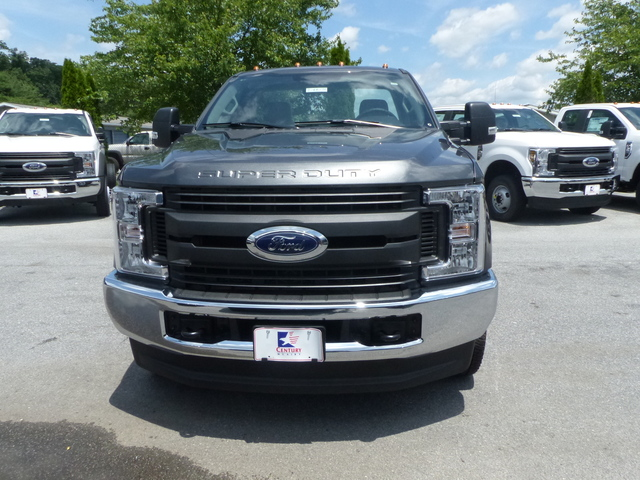 2018 F-350 Regular Cab DRW 4x4,  Cab Chassis #Z188179 - photo 7