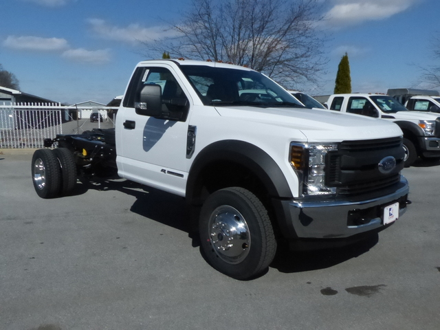 2018 F-450 Regular Cab DRW,  Cab Chassis #Z188209 - photo 3