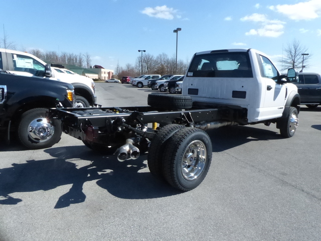 2018 F-450 Regular Cab DRW,  Cab Chassis #Z188209 - photo 4
