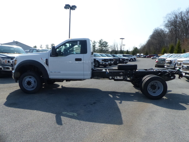 2018 F-550 Regular Cab DRW 4x2,  Cab Chassis #Z188234 - photo 6