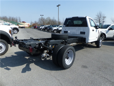 2018 F-550 Regular Cab DRW, Cab Chassis #Z188234 - photo 2