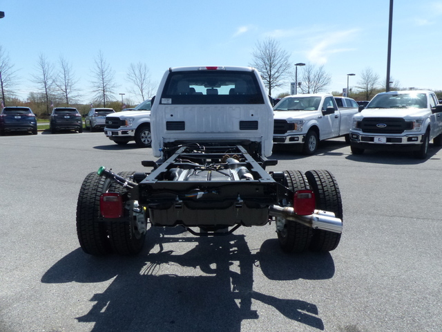 2018 F-450 Crew Cab DRW 4x4,  Cab Chassis #Z188246 - photo 4