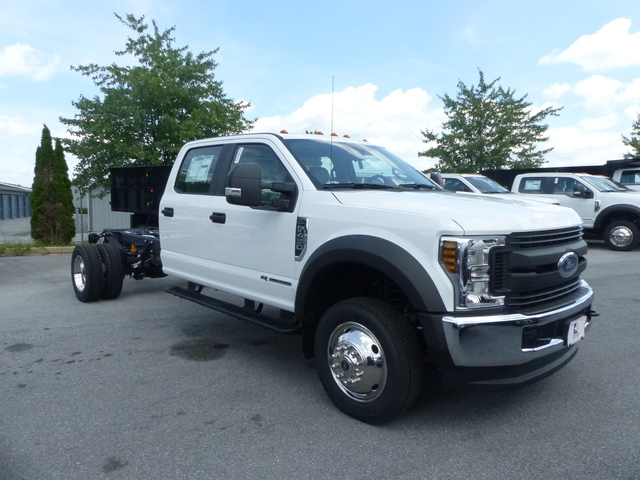 2018 F-450 Crew Cab DRW 4x4,  Cab Chassis #Z188323 - photo 3