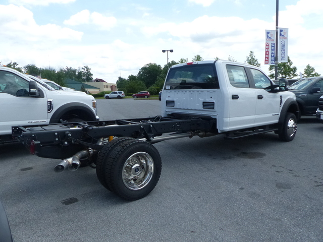 2018 F-450 Crew Cab DRW 4x4,  Cab Chassis #Z188323 - photo 5