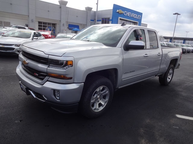 2017 Silverado 1500 Double Cab 4x4 Pickup #173128 - photo 7