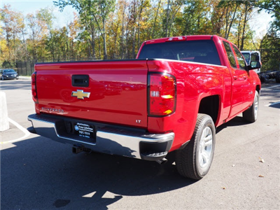 2018 Silverado 1500 Extended Cab Pickup #180429 - photo 2