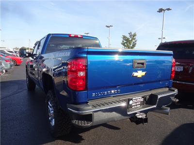 2018 Silverado 2500 Crew Cab 4x4, Pickup #180460 - photo 2