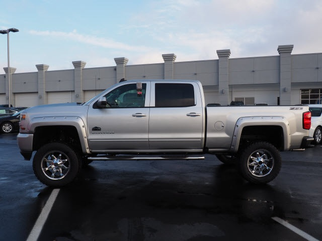 2018 Silverado 1500 Crew Cab 4x4, Pickup #180520 - photo 8