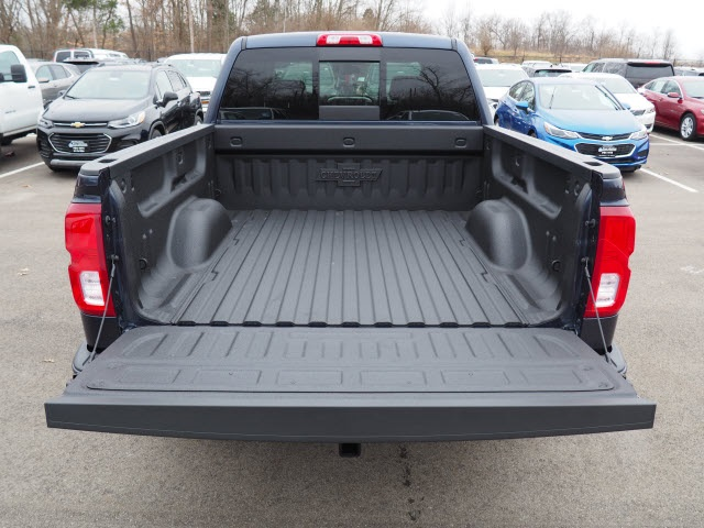 2018 Silverado 1500 Crew Cab 4x4, Pickup #181137 - photo 10