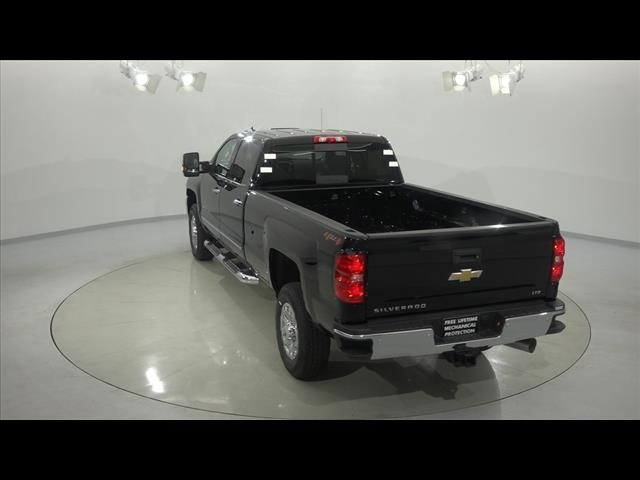 2018 Silverado 3500 Crew Cab 4x4, Pickup #181276 - photo 11
