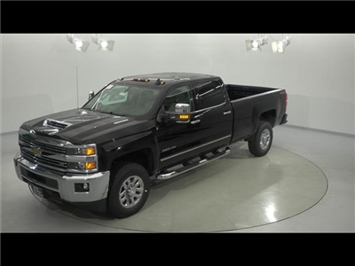 2018 Silverado 3500 Crew Cab 4x4, Pickup #181276 - photo 1
