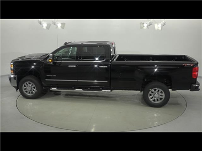 2018 Silverado 3500 Crew Cab 4x4, Pickup #181276 - photo 9