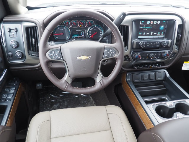 2018 Silverado 3500 Crew Cab 4x4, Pickup #181320 - photo 11