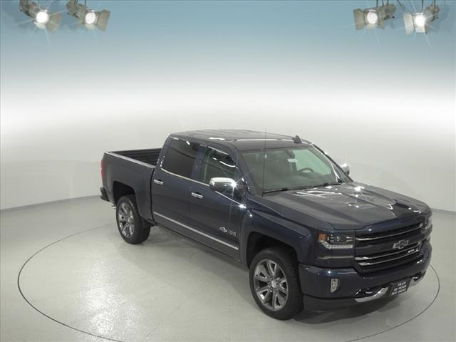 2018 Silverado 1500 Crew Cab 4x4,  Pickup #181603 - photo 3
