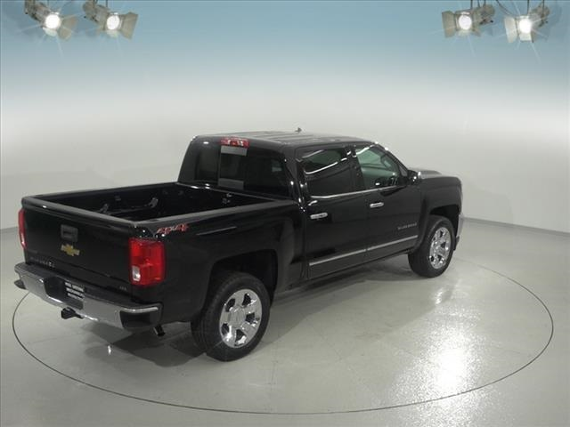 2018 Silverado 1500 Crew Cab 4x4, Pickup #181618 - photo 14