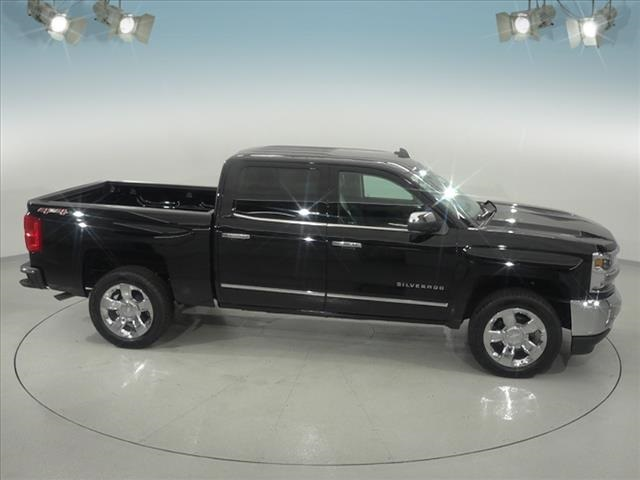 2018 Silverado 1500 Crew Cab 4x4, Pickup #181618 - photo 17