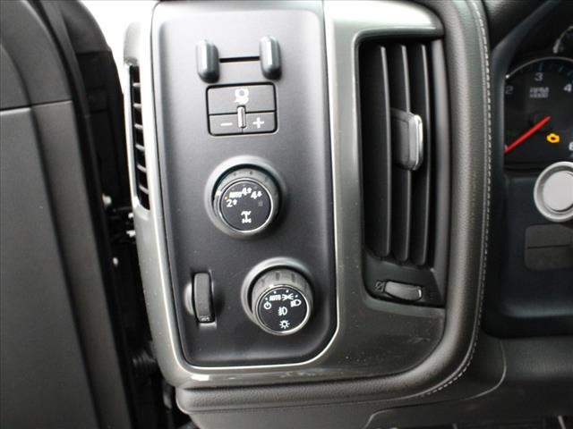 2018 Silverado 1500 Crew Cab 4x4, Pickup #181618 - photo 32