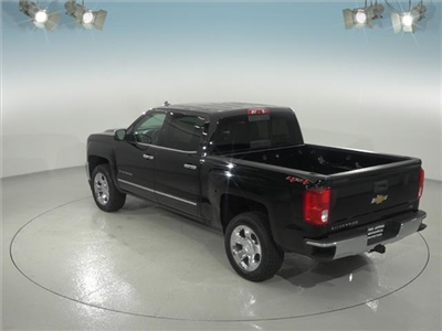 2018 Silverado 1500 Crew Cab 4x4, Pickup #181618 - photo 2