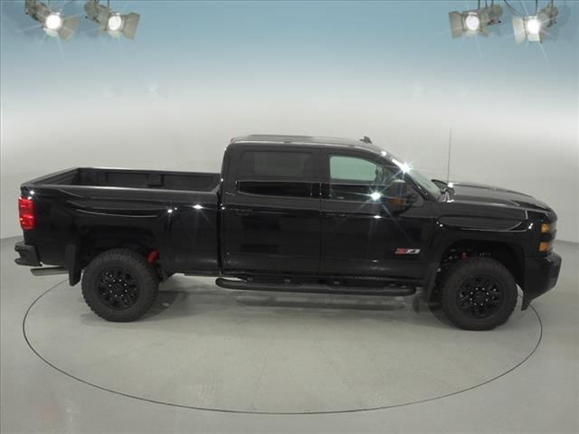 2018 Silverado 2500 Crew Cab 4x4, Pickup #181658 - photo 16
