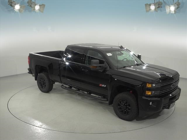 2018 Silverado 2500 Crew Cab 4x4, Pickup #181658 - photo 18