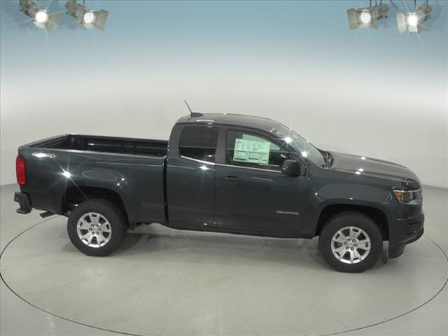 2018 Colorado Extended Cab 4x4, Pickup #181771 - photo 17
