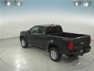 2018 Colorado Extended Cab 4x4, Pickup #181771 - photo 2