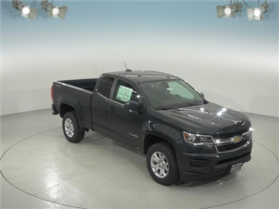 2018 Colorado Extended Cab 4x4, Pickup #181771 - photo 3