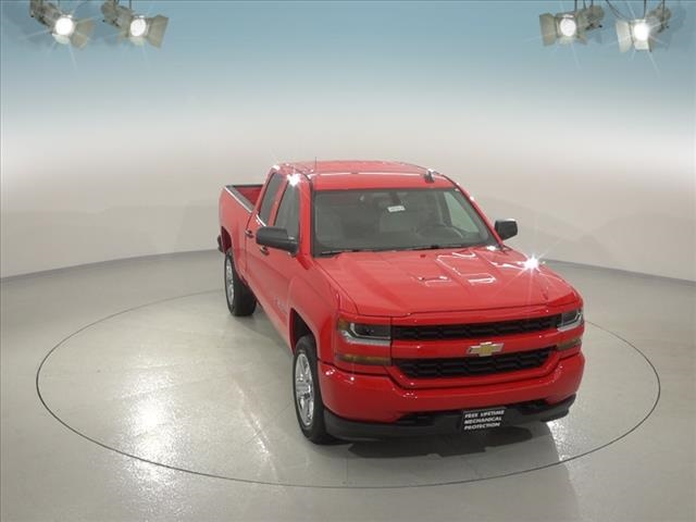 2018 Silverado 1500 Double Cab 4x4,  Pickup #181914 - photo 4