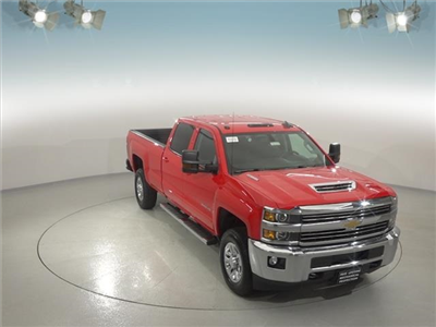 2018 Silverado 3500 Crew Cab 4x4, Pickup #181916 - photo 3