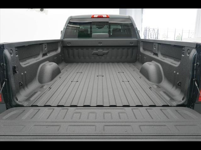 2018 Silverado 3500 Crew Cab 4x4, Pickup #181999 - photo 43