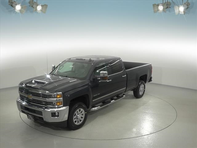 2018 Silverado 3500 Crew Cab 4x4, Pickup #181999 - photo 1