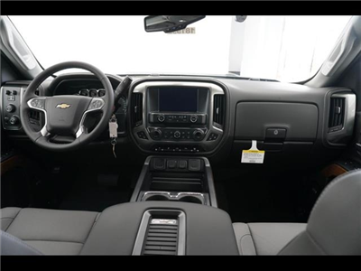 2018 Silverado 3500 Crew Cab 4x4, Pickup #181999 - photo 26