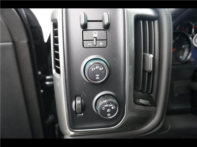 2018 Silverado 3500 Crew Cab 4x4, Pickup #181999 - photo 34