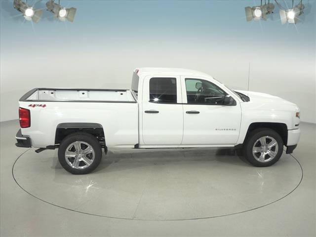 2018 Silverado 1500 Double Cab 4x4, Pickup #182093 - photo 16