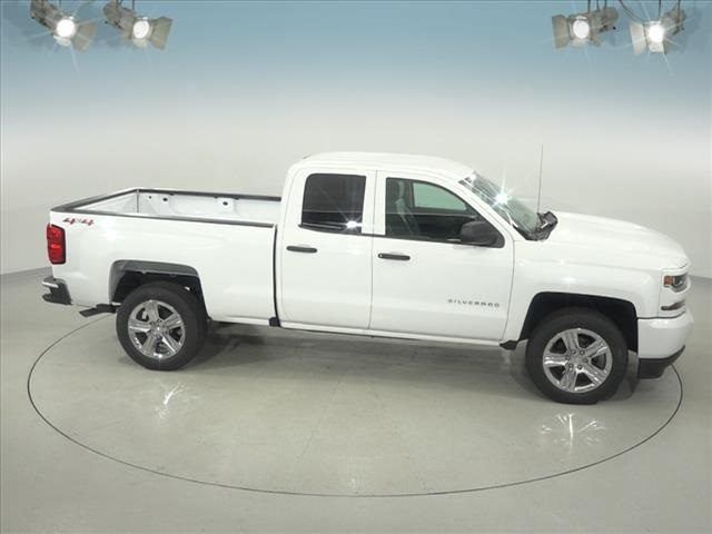 2018 Silverado 1500 Double Cab 4x4, Pickup #182093 - photo 17
