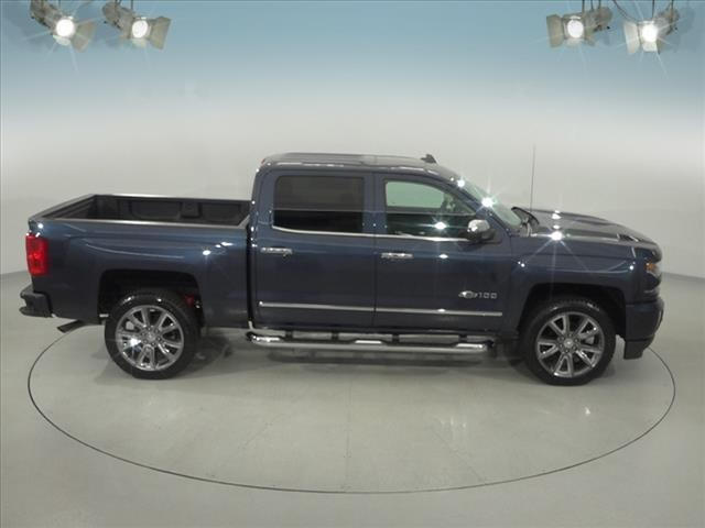2018 Silverado 1500 Crew Cab 4x4, Pickup #182107 - photo 16