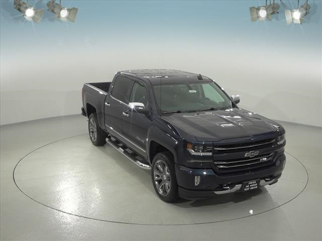 2018 Silverado 1500 Crew Cab 4x4, Pickup #182107 - photo 3