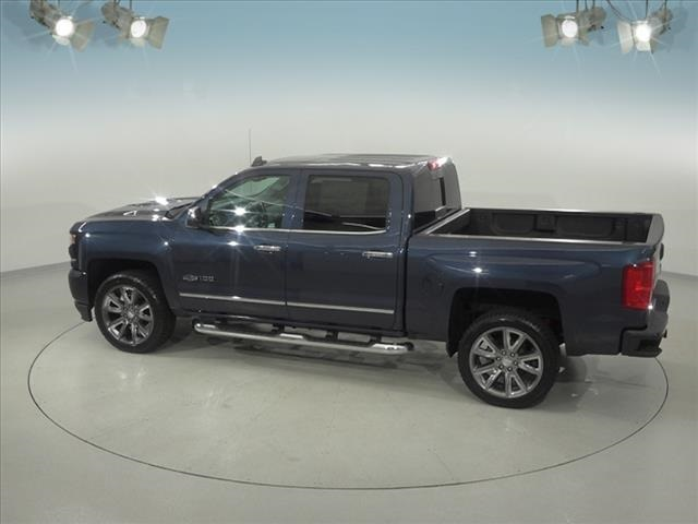2018 Silverado 1500 Crew Cab 4x4, Pickup #182107 - photo 9