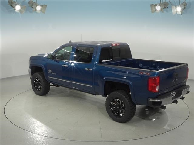 2018 Silverado 1500 Crew Cab 4x4, Pickup #182178 - photo 10